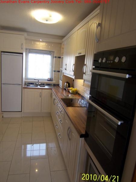 004-002-plumbing-tiling-cork-tel-0862604787