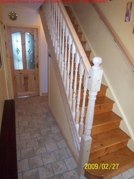 053-001-stairs-refurbishment-cork-tel-0862604787